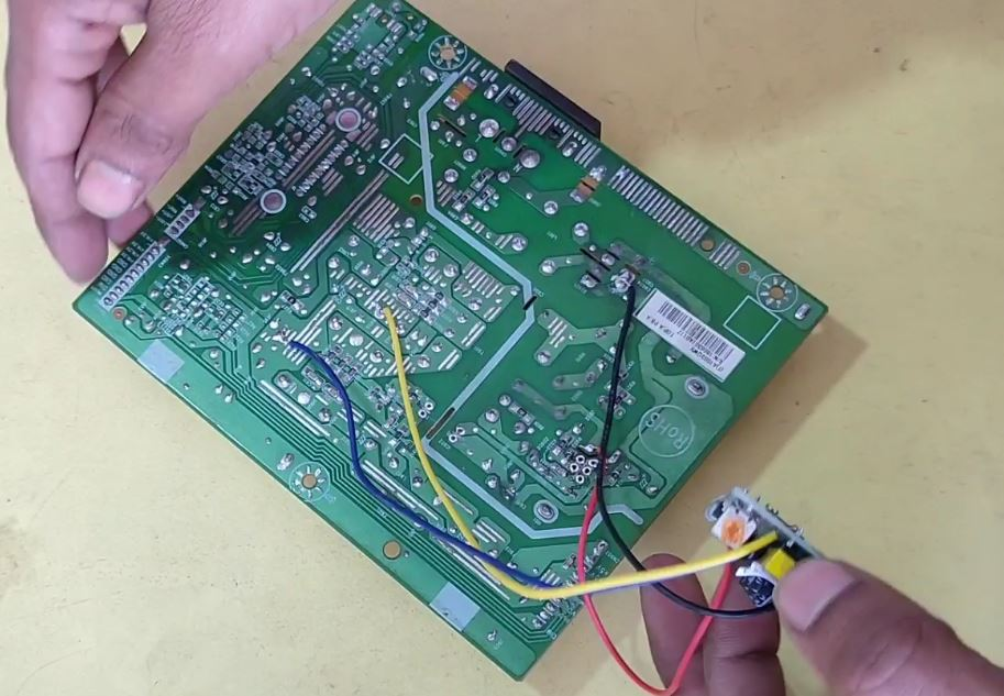 5-24 Module Install in Power Supply